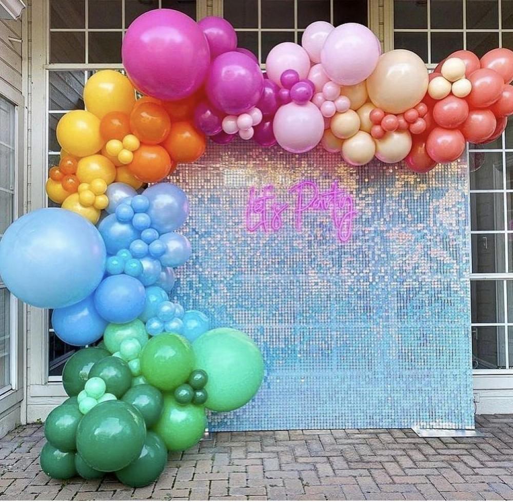 1110-0004 Фотозона из воздушных шаров, розмер  2,5 на 2,5